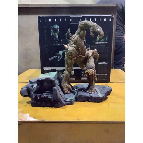 THE INCREDIBLE HULK LIMITED EDITION COLLECTIBLE FIGURE