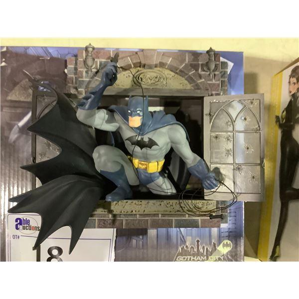 GOTHAM CITY STORIES BATMAN LIMITED EDITION COLLECTIBLE FIGURE 0656/2000