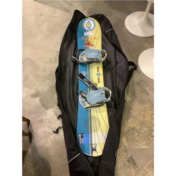 AIRWALK SNOWBOARD WITH SOFT CASE