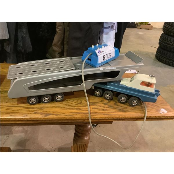 ANTIQUE ELECTRIC TOY TRUCK