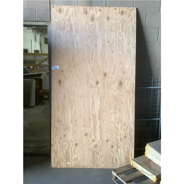 """2 SHEETS OF PLYWOOD 4FT X 93"""""""