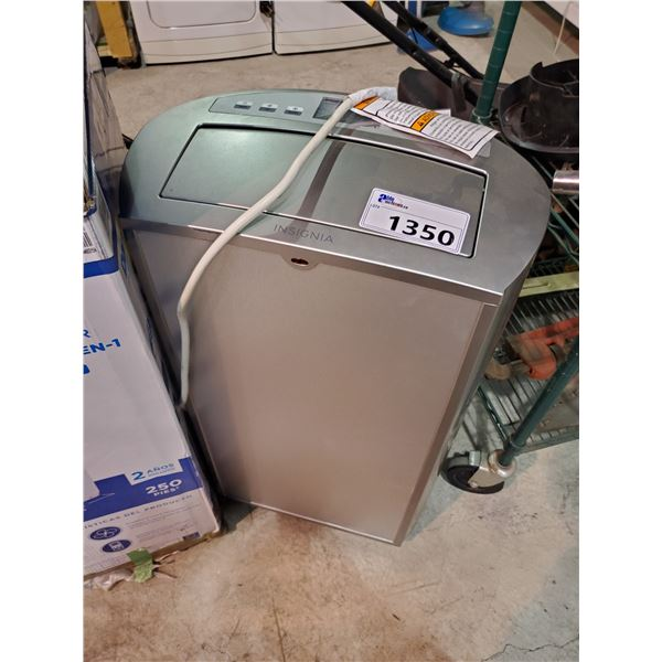 INSIGNIA 14,000 BTU PORTABLE AIR CONDITIONER MODEL NS-AC14PWH9-C