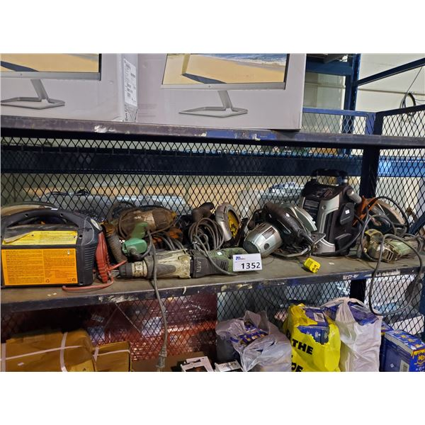 SHELF OF ASSORTED POWER TOOLS (SKILSAWS, JIGSAWS, BATTERY BOOSTERS, RECIPROCATING SAW, ETC)