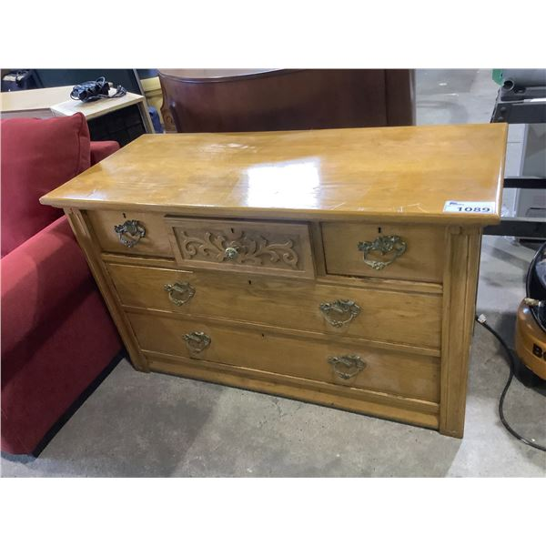 SOLID OAK ANTIQUE DRESSER CIRCA 1880S WITH DOWELLED DOVETAILING AND ORIGINAL HARDWARE