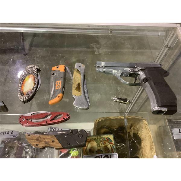 ASSORTED POCKET KNIVES, BB GUN NO MAGAZINE, ROACH CLIP