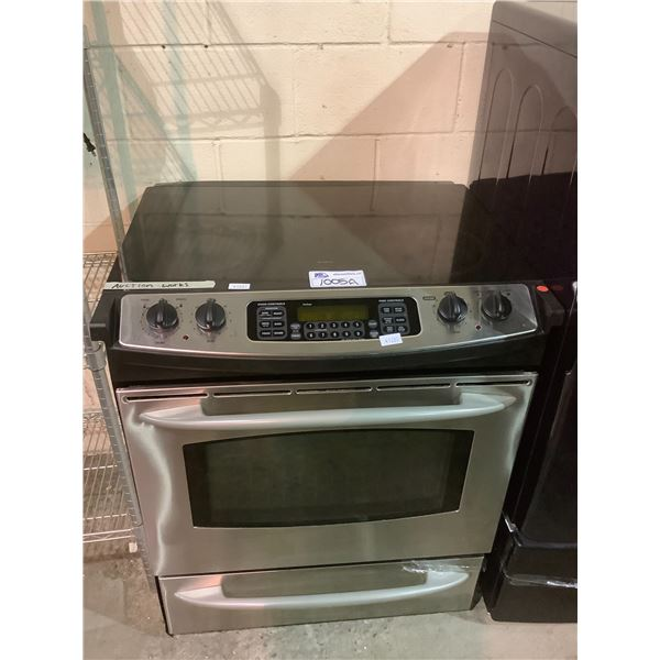 ELECTRIC TOP STOVE WITH CONVECTIONAL OVEN