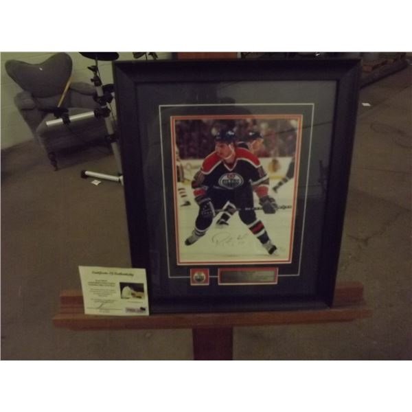 Framed signed Ryan Smith Photograph. Certificate of Authenticity. With Edmonton Oilers token (D&M)