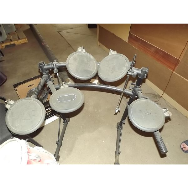Roland Digital Drum Kit (O)