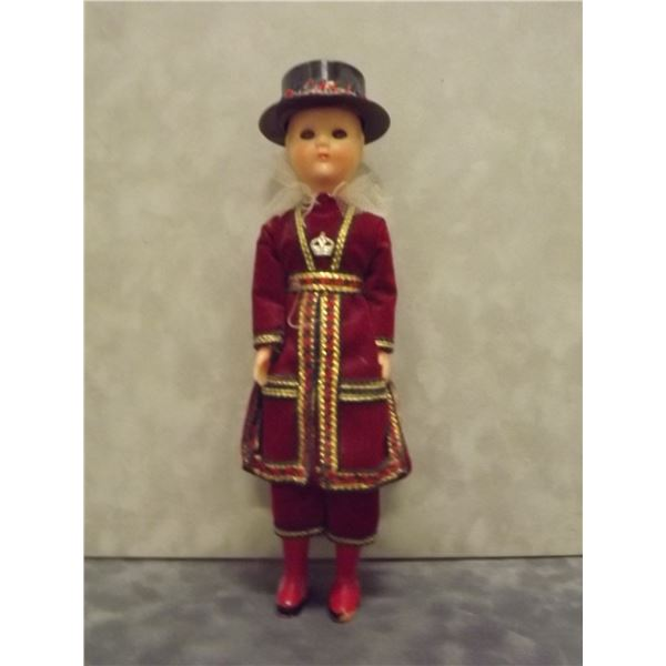 Vintage Old London Beefeater Plastic Doll (PM)