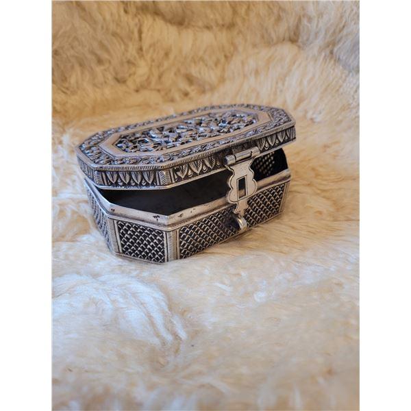 "Antique 80% Silver trinket box. Ornate.5""x4""x2""high. 292 grams (O)"