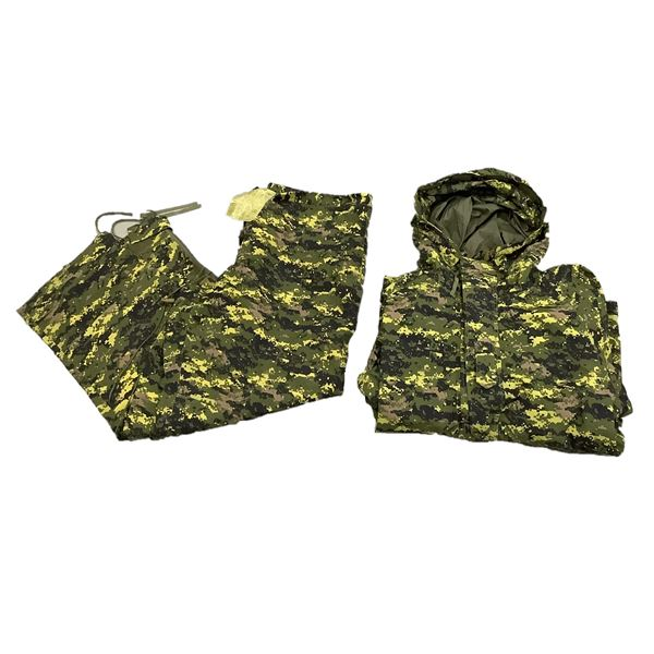 Rain Parka and Trousers, Cold Weather, Large Regular, Camo