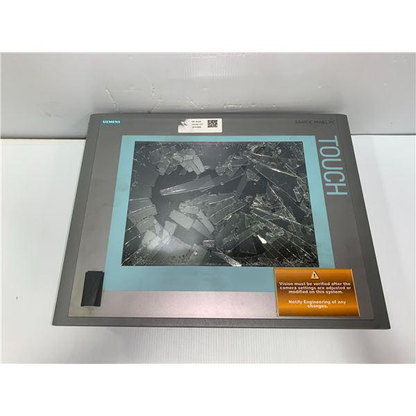 Siemens #6AV7851-0AE20-1AA0 Sinmatic Panel PC 477B (Glass Broken)