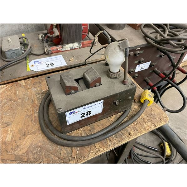 RED HEAVY DUTY INDUSTRIAL ELECTRIC BEARING HEATER