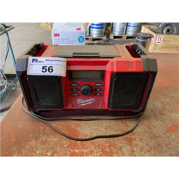 MILWAUKEE M18 JOBSITE RADIO