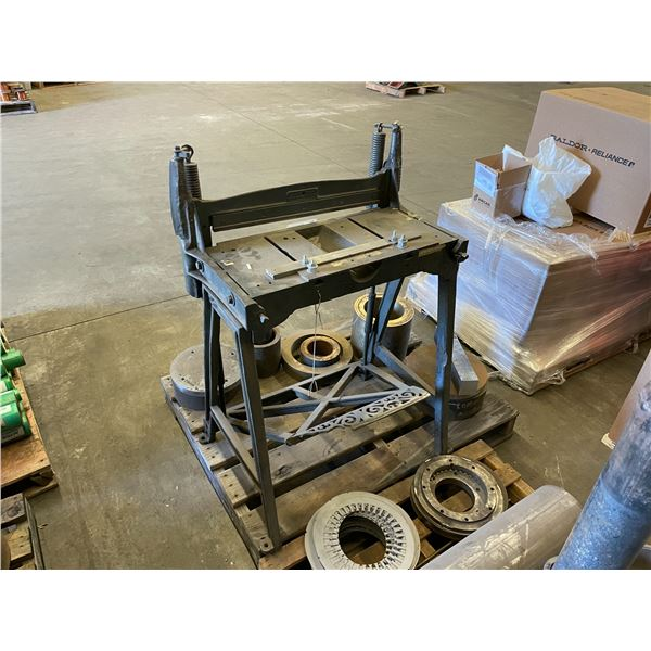 CAST IRON FOOT OPERATED 22'' INDUSTRIAL PAPER SHEAR
