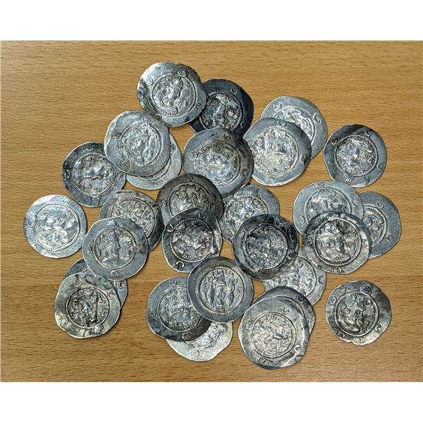 SASANIAN KINGDOM: Khusro I, 531-579, LOT of 28 silver drachms