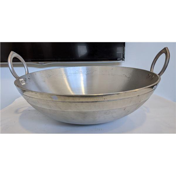 Chinese wok/ Indian Karhai 22in - aluminum (brand new)