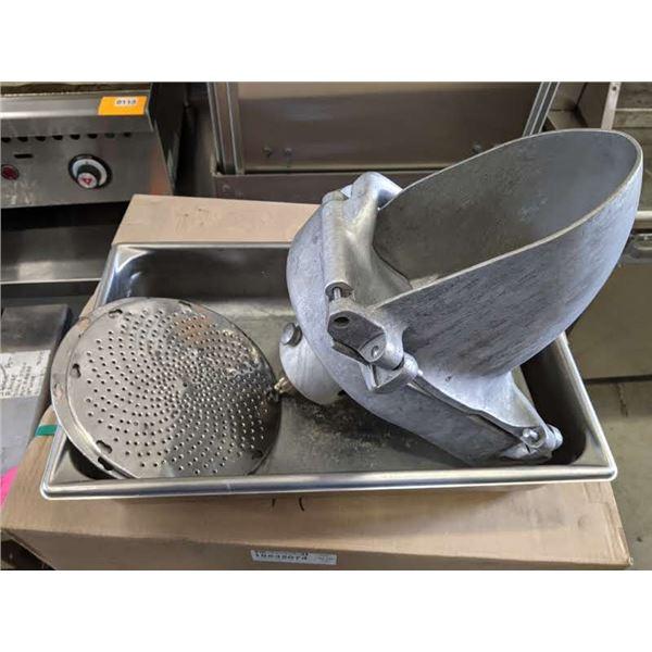 Vegetable/ cheese shredder