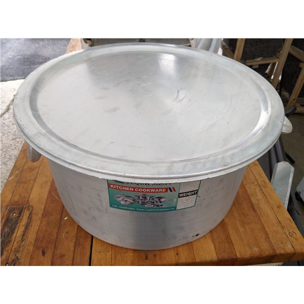 NEW Stainless steel heavy duty stock pot w/lid