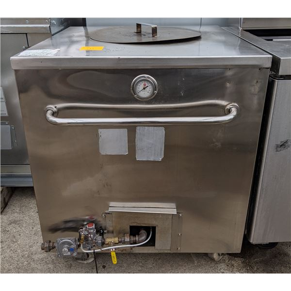 """Natural Gas Tandoor Oven w/casters - (Approx. 32"""" x 32"""")"""