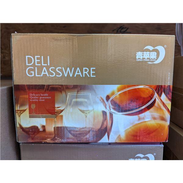 Group of 18 Brand New Deli Glassware Wine Glasses