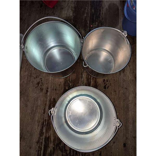 3 Metal Buckets (Assorted sizes)