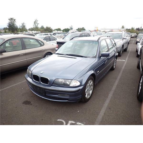 2000 BMW 323iT