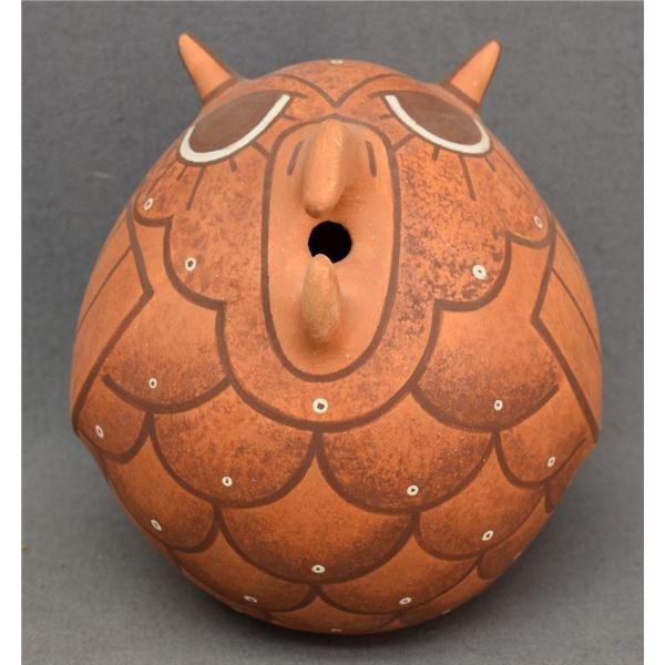 ZUNI INDIAN POTTERY OWL (JAYCEE NAHOHAI)
