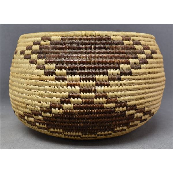 PATWIN INDIAN BASKETRY BOWL