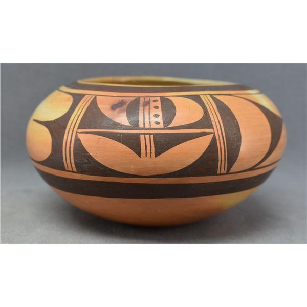 HOPI INDIAN POTTERY BOWL (FANNIE NAMPEYO)