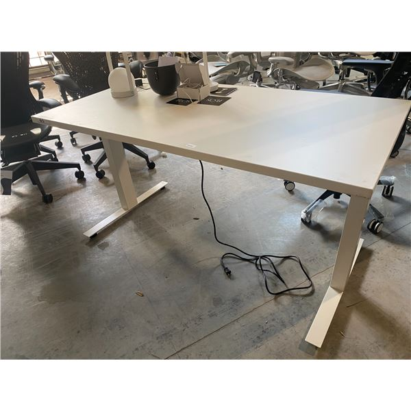 """HERMAN MILLER NEVI SIT/STAND 60"""" X 60"""" ELECTRIC COMPUTER TABLE"""