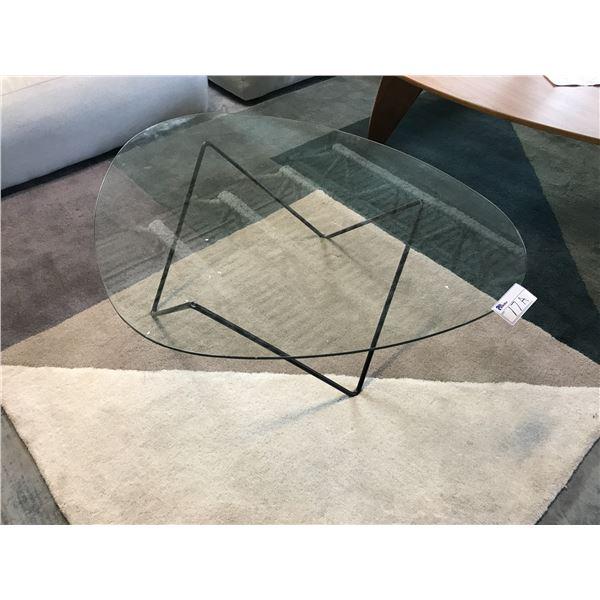 HERMAN MILLER DESIGNER GLASS/BLACK BASE COFFEE TABLE