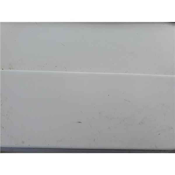 """PALLET OF APPROX 450 PCS OF 4X6"""" WHITE TILE"""