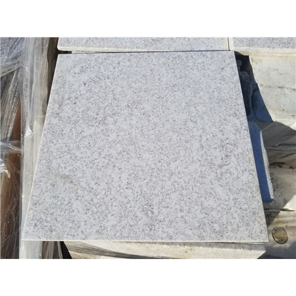 """PALLET OF 310 PCS OF 12X12"""" IMPERIAL WHITE TILE"""