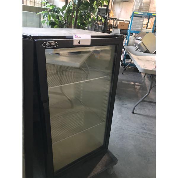 CBD GLASS DOOR 21 W X 24 D X 38 H COOLER