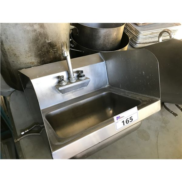 """STAINLESS STEEL 17""""W X 15""""D SINK"""