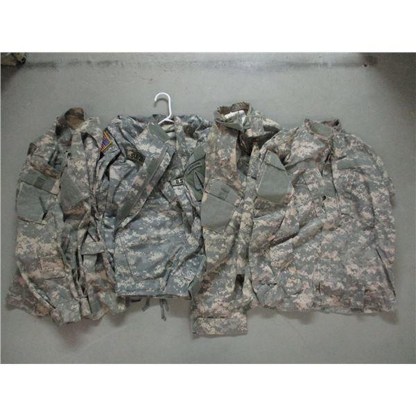 U.S. MILITARY CLOTHING LOT