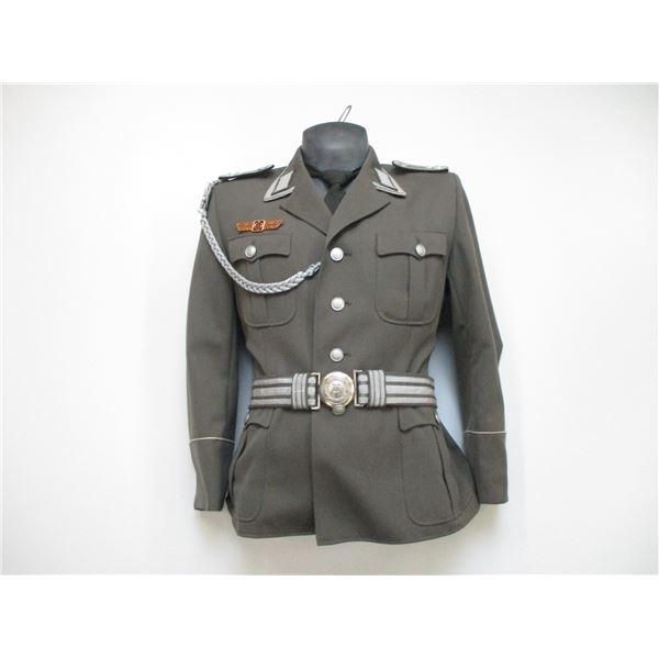 EAST GERMAN MILITARY UNIFORM TOP