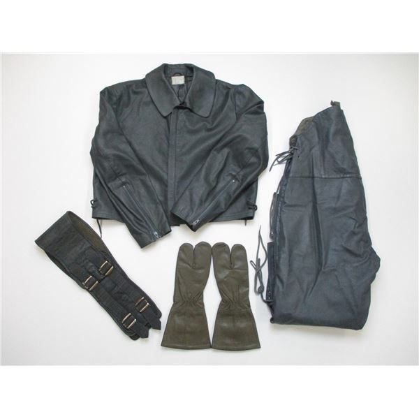 ASSORTED GERMAN NAVY CLOTHING