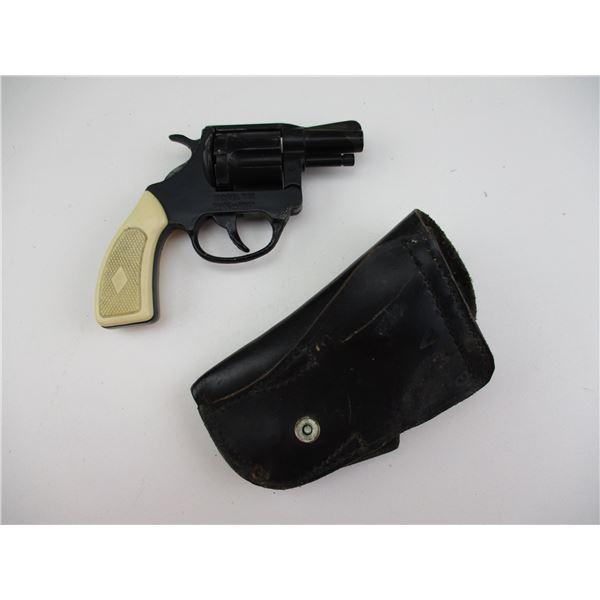 VOLCANIC 22 VINTAGE CAP GUN + HOLSTER