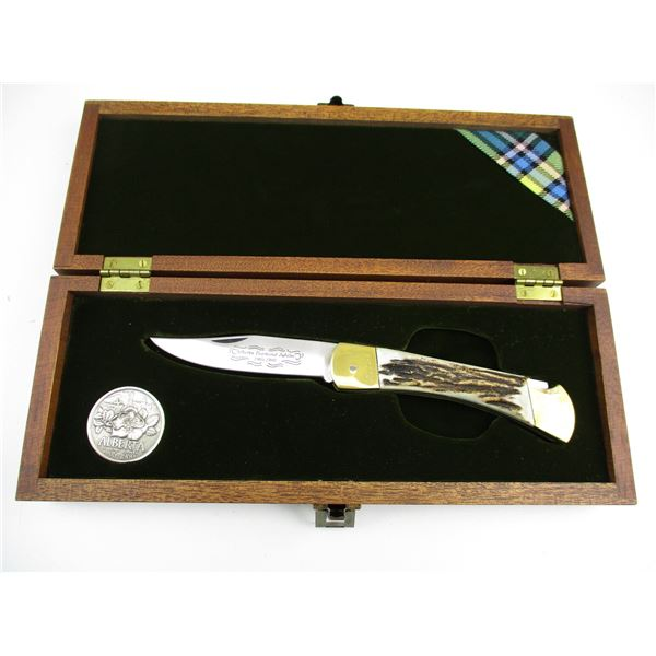 ALBERTA DIAMOND JUBILEE KNIFE WITH TOKEN & DISPLAY CASE