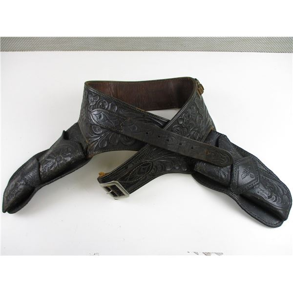 DECORATIVE LEATHER AMMO BELT WITH HOLSTERS