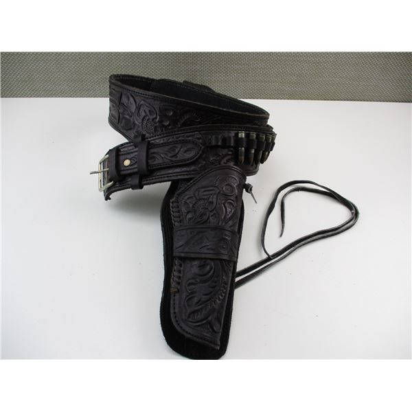 BLACK DECORATIVE LEATHER AMMO BELT WITH HOLSTER