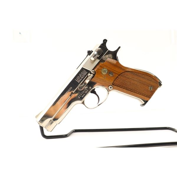 SMITH & WESSON  , MODEL: 39-2 , CALIBER: 9MM LUGER