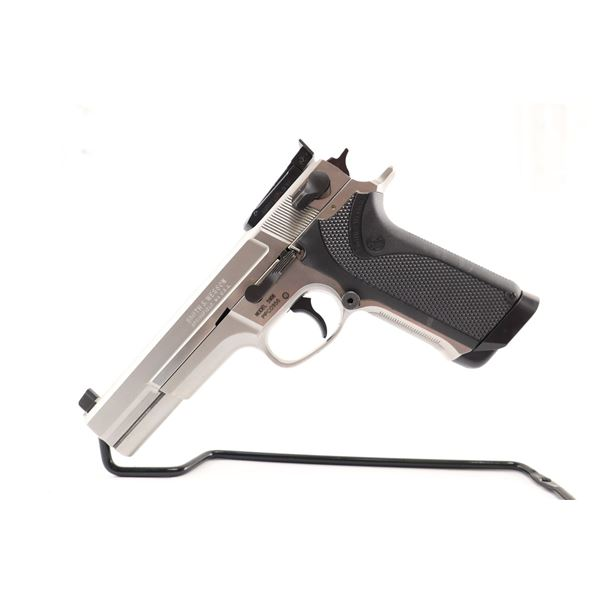 SMITH & WESSON  , MODEL: 5906 , CALIBER: 9MM LUGER