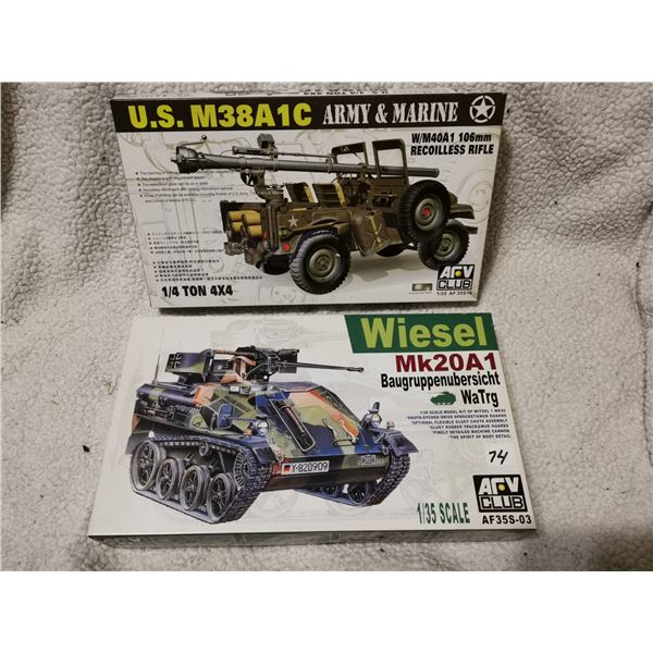 2 large 1:35 scale army model kits