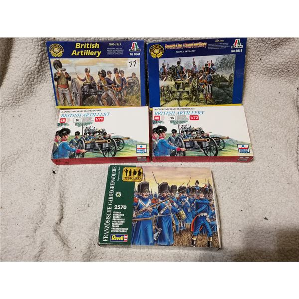 British & French artillery soldier and cannons model kits