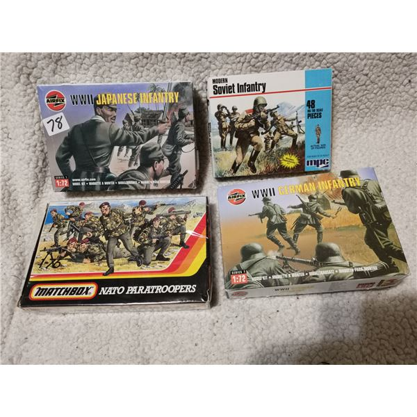 Mixed lot of model soldiers