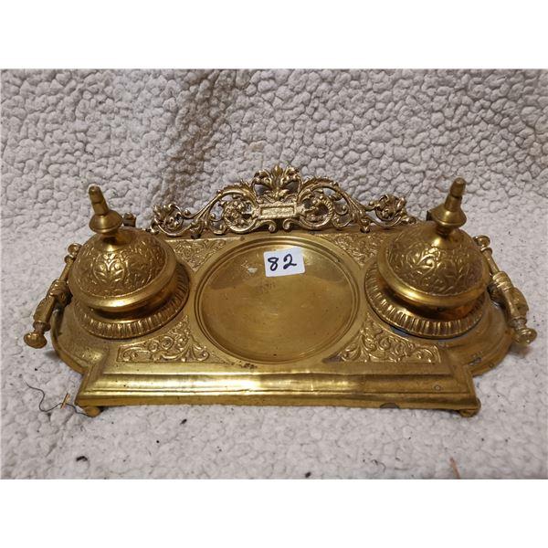 Brass fountain pen stand