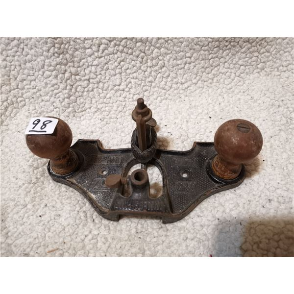 Antique specialty  grooving plane no.67